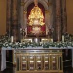 Flores en la capilla de San Fermín